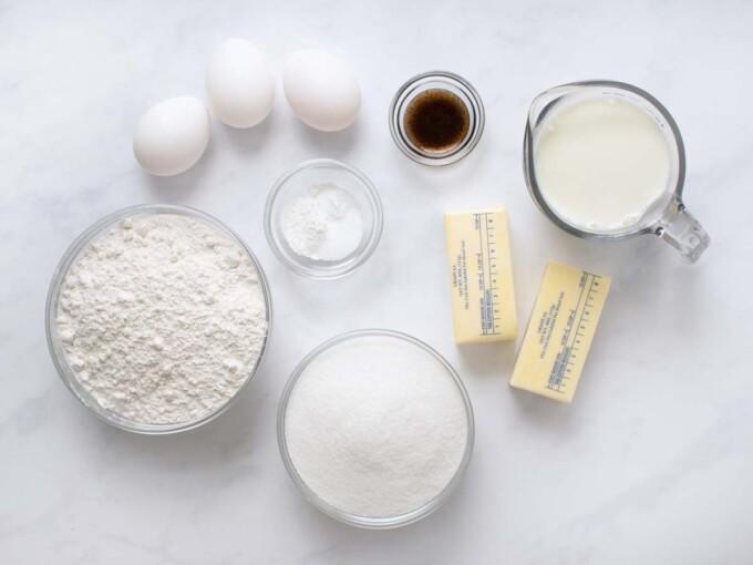 ingredients to make yellow cake