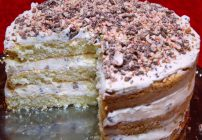 cannoli cream cake