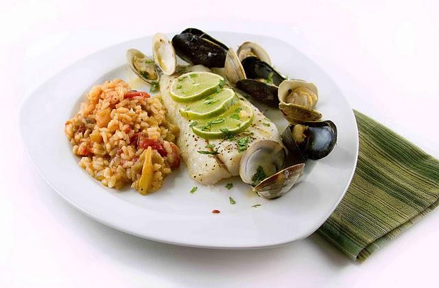 Corvina vera cruz with tomato risotto for Corvina fish recipes