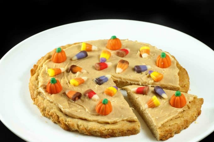 Sugar Cookie Pizza , a Great Halloween Treat