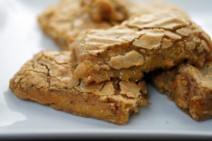 Chewy Gooey Cinnamon Toffee Blondies with Keep It Sweet