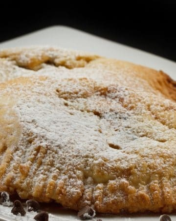sweet ricotta pastry with chocolate chips