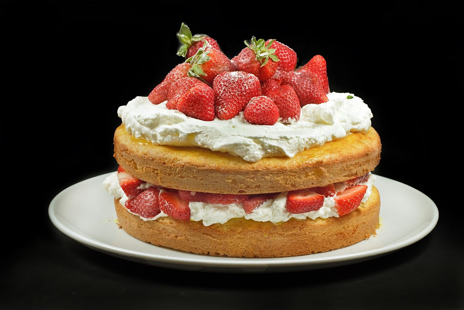 cream elves strawberries and cream pan cake s strawberries and cream ...