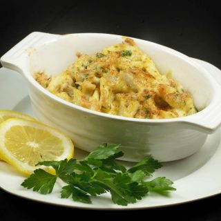 jumbo lump crabmeat, maryland blue claw crabs