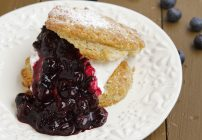 Quick and Easy Scones with Blueberries and Cream