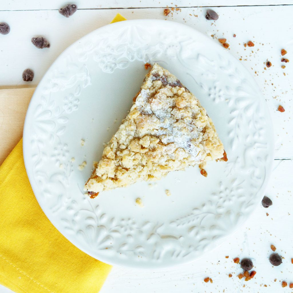 Banana Crumb Cake with Cinnamon Pecans and Chocolate Chips