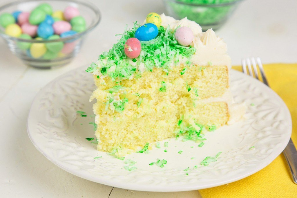 Easter Cake, mascarpone frosting, yellow cake