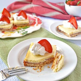Strawberry Lemonade Shortbread Bars with the Law Student's Wife