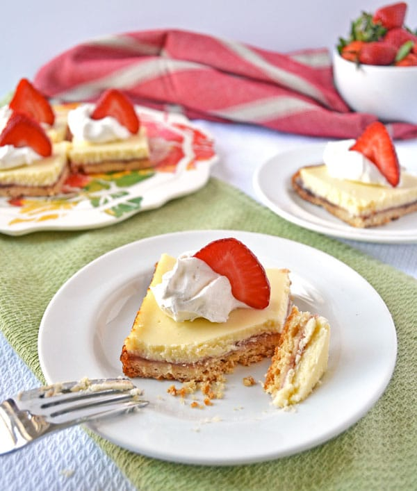 Strawberry Lemonade Shortcake Bars 3