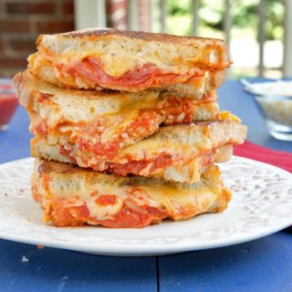 Pepperoni Pizza Grilled Cheese Sandwich Recipe – Create Deliciousness