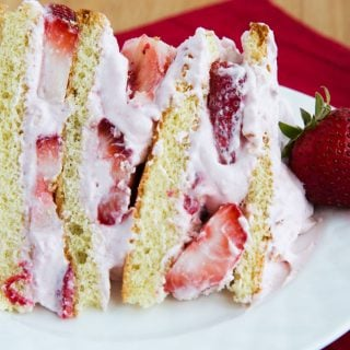 How to make a Strawberries and Cream Cake
