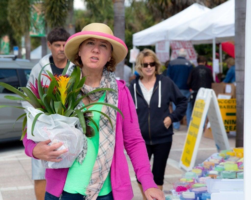 Lisa shopping at Vero Beach