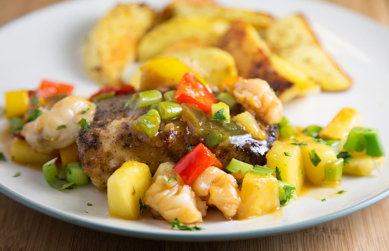 Blackened mahi mahi with a lobster pineapple sauce for Pineapple sauce for fish