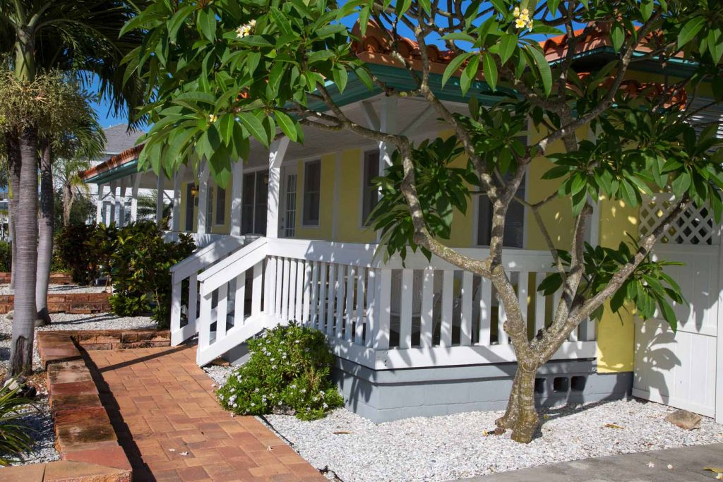 Madeira Beach, Superior Small Lodging