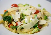 How to Make Chicken Primavera Aioli