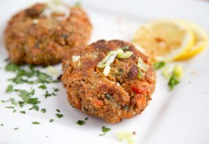 How to make Salmon Cakes., remoulade