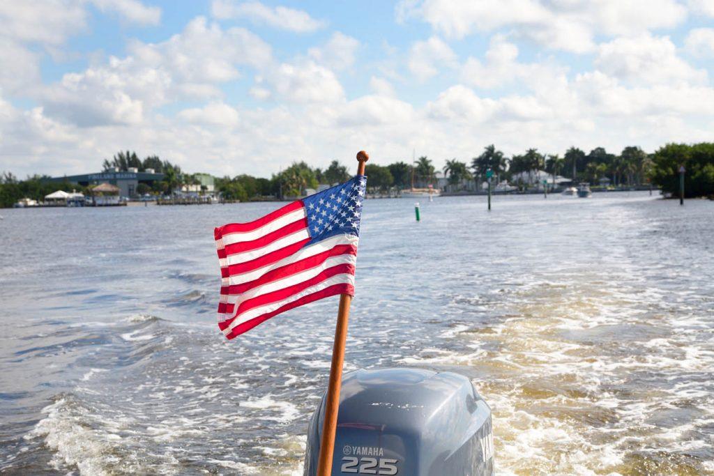 us flag, boat, cabbage key, pine island