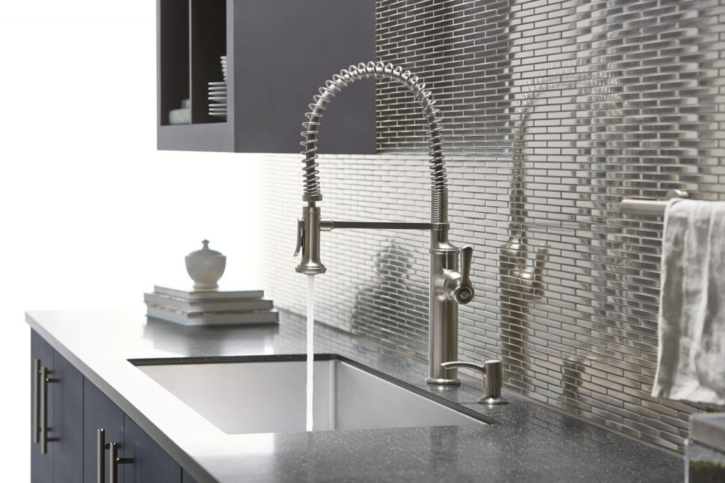 volare wall mount faucet