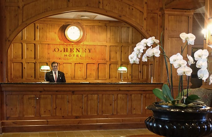 reception desk at O.Henry Hotel