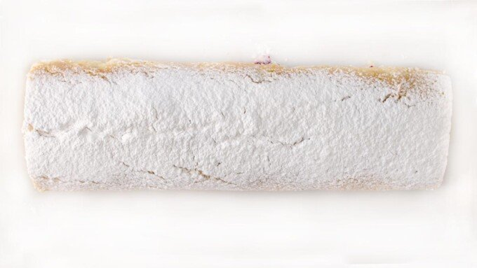 shortcake roll dusted with powdered sugar
