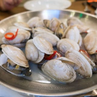 New England Steamed Clams and So Much More at the Paddlefish Restauraunt – A Locals Guide to Orlando