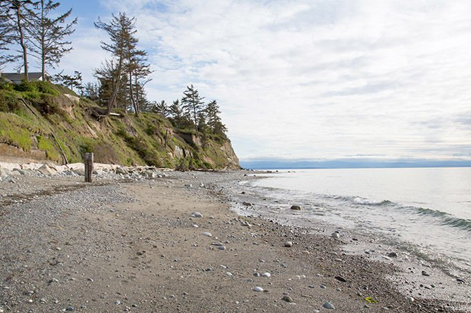 view of the beach and shoreline at Whidbey Island, Washington