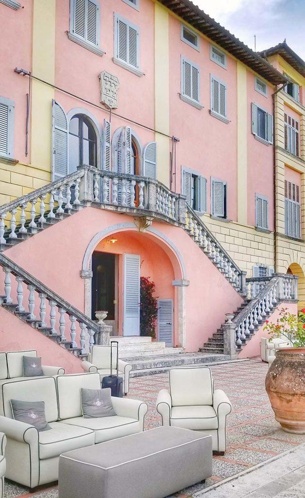 villa lecchi in Tuscany