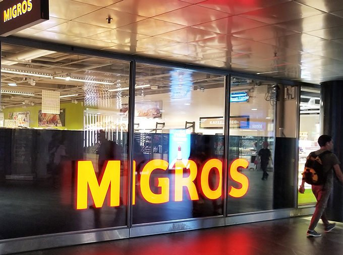 Migros Grocery Store in Lucerne Train station