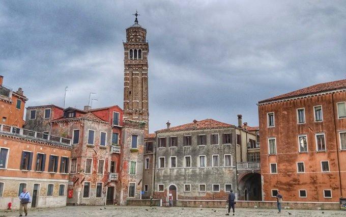 local neighborhood in Venice