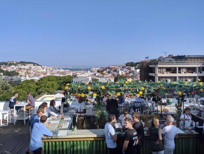 rooftop bar at hotel Tivoli Avenida Liberdade in Lisbon, Portugal