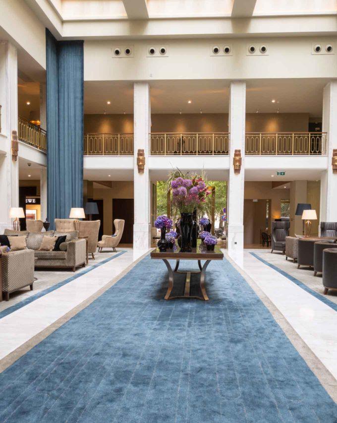 lobby of the Tivoli Hotel in Lisbon