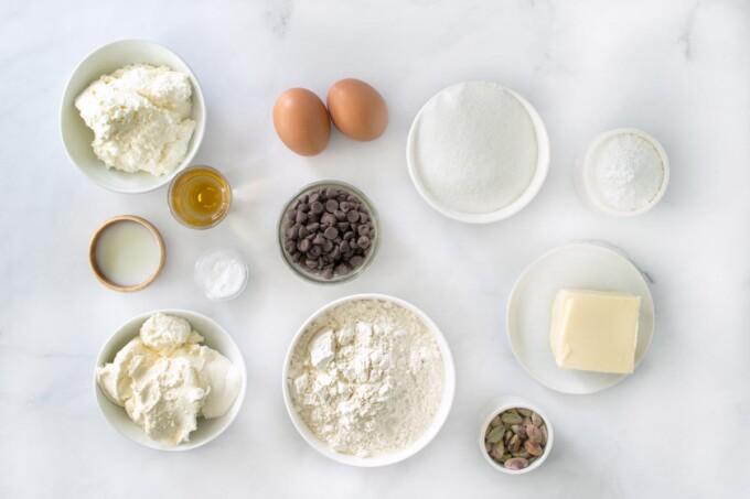ingredients to make ricotta chocolate chip cake