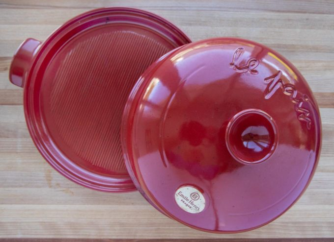 red round bread cloche for baking