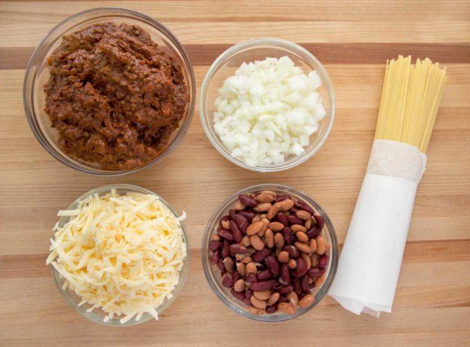 ingredients to make Cincinnati chili
