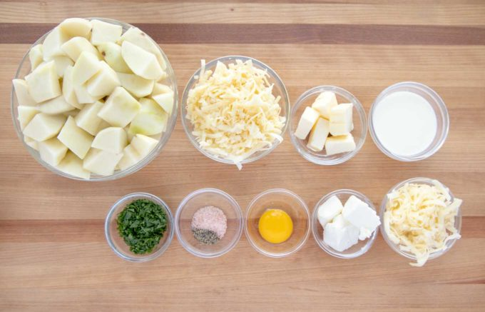 ingredients to make mashed potatoes for cottage pie