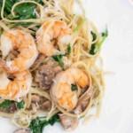 Garlic Shrimp and Spinach over Linguine